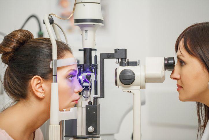 badanie wzroku ukobiety