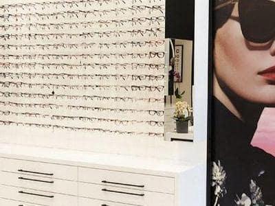 duża ilość okularów